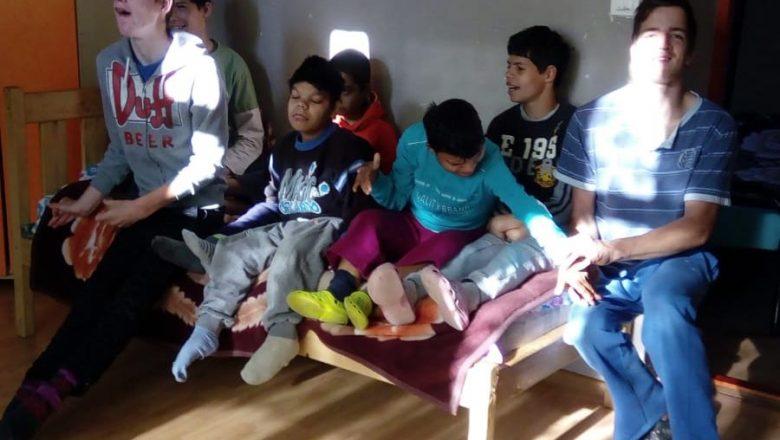 Asistenţa şi reabilitarea minorilor cu dizabilităţi